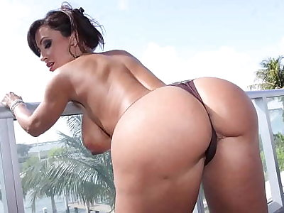 CULIONEROS  - Big Gut PAWG Lisa Ann Letting Bitches Know What's Less