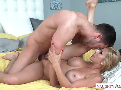 Alexis Fawx fucking in someone's skin bedroom with her bowels