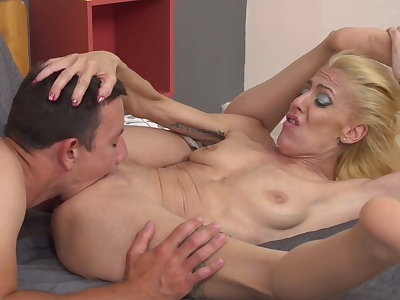 Mother makes excellent blowjob and hard sex to son