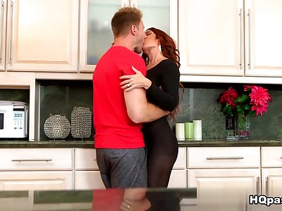 Janet Mason, Levi Cash in Sexy back in black Movie