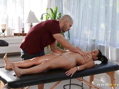Duncan Saint fucked Julianna Vega on the massage couch