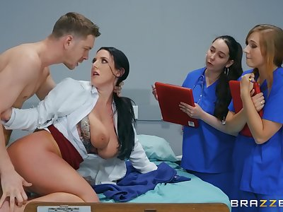 Naked MILF shows younger nurses how to deal up a smashing dick