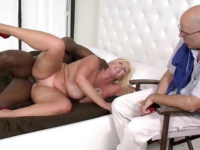 BBW Hot spliced Interracial