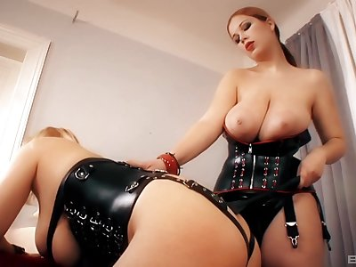 Dominant MILF plays with submissive slut in dirty femdom home action