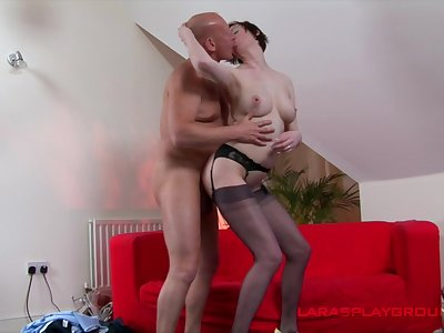 Mature lady remains steadfast as she gets fucked by a hung henchman
